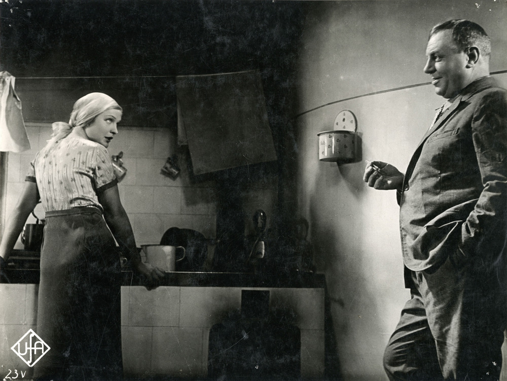 Anna Sten and Emil Jannings in Stürme der Leidenschaft.