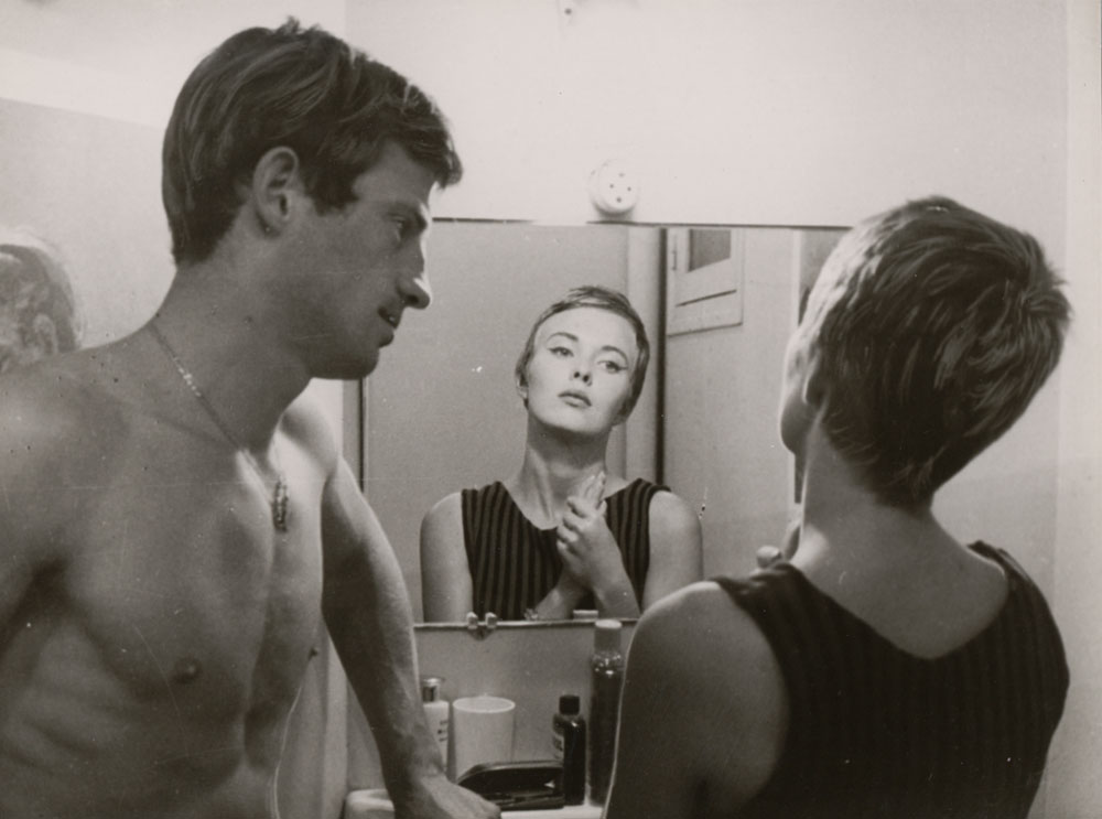 Jean-Paul Belmondo and Jean Seberg in À bout de souffle