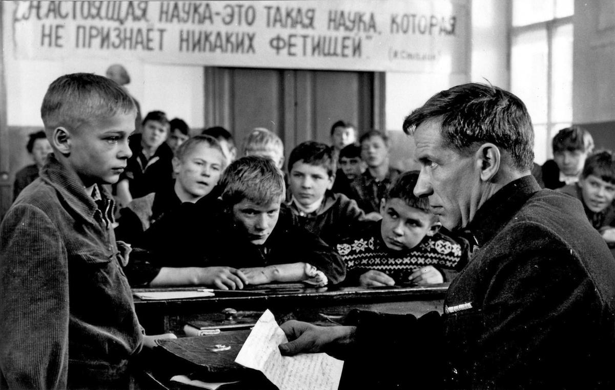 Vtoraja popytka Viktora Krochina (The Second Attempt of Viktor Krokhin, Igor' Šešukov, 1977)
