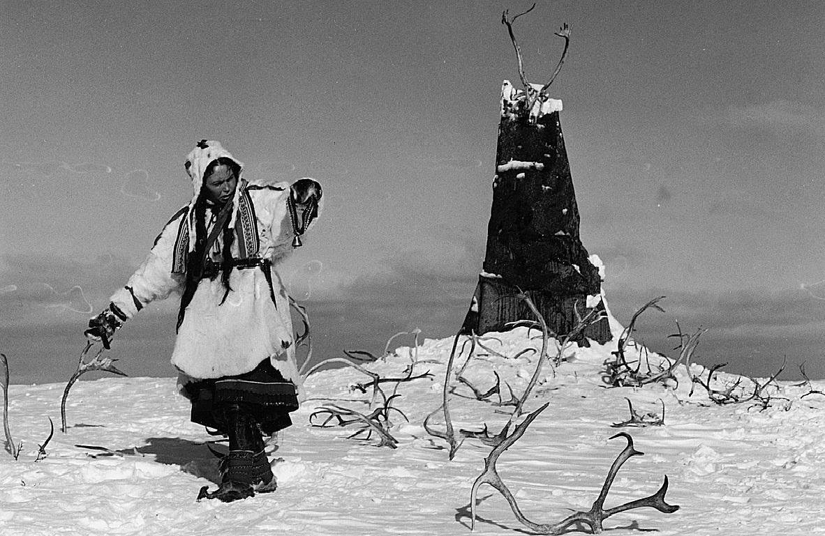 Notes from Forever Film: Valkoinen peura (1952, Erik Blomberg, Mirjami Kuosmanen)